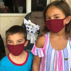 Kid's burgundy face mask